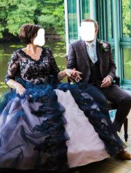 Bijzondere tweekleurige jurk met kant