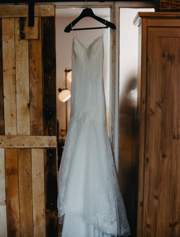 Zomerse trouwjurk Cymbeline, met open rug en spaghetti bandjes