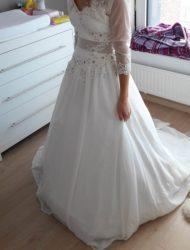 Mooie bewerkte jurk